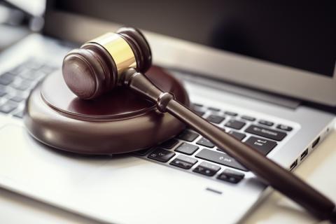 Justicia ordenador