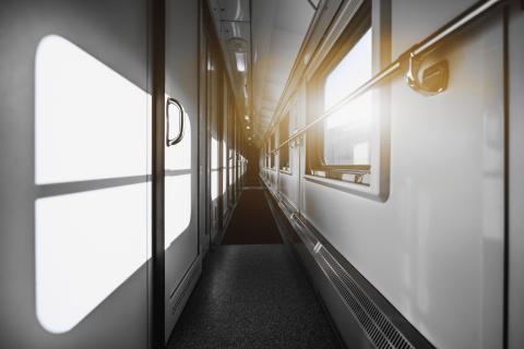 interior tren