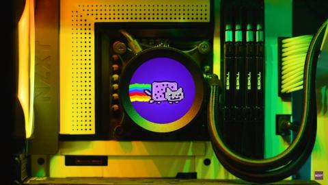 Disipador con pantalla LCD