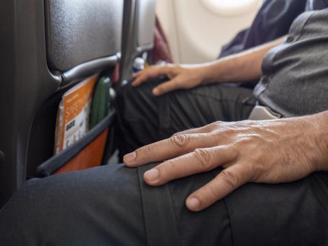 Bolsillo asiento delantero avión