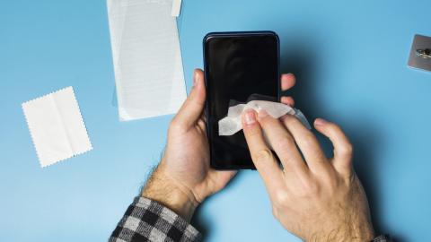 desinfectar correctamente un teléfono móvil