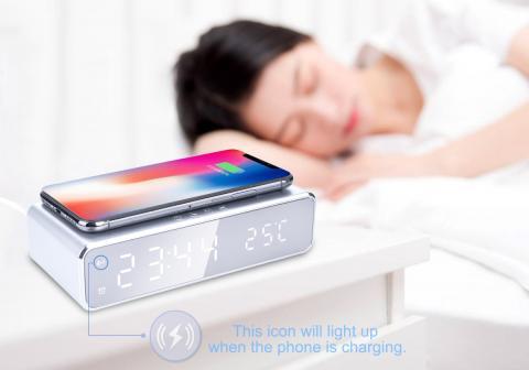 Reloj despertador con carga inalámbrica