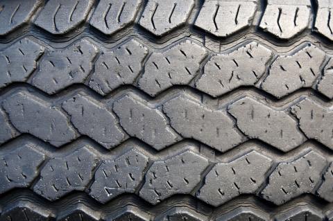 Perfil neumático coche