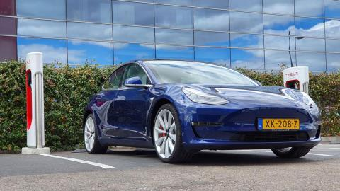 Supercargadores V3 Tesla