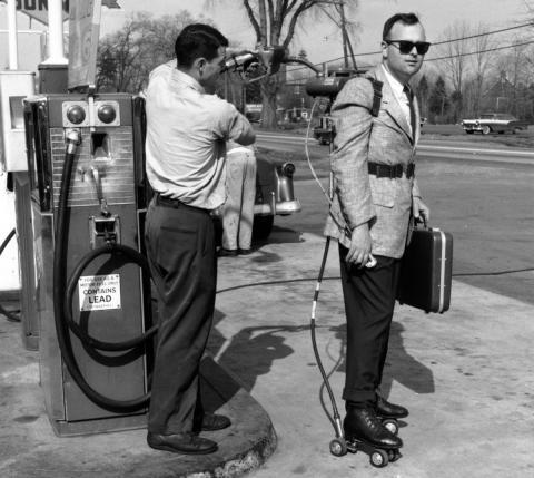 Patines con motor de gasolina