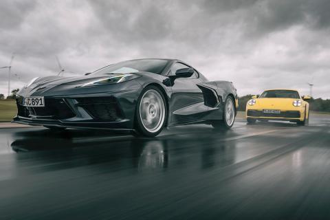 Corvette vs 911