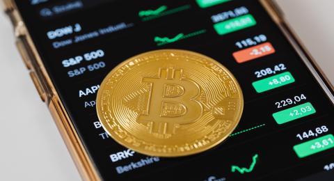 aprende a ganar dinero con bitcoin para principiantes moneda virtual como se llama