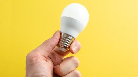 Bombilla LED blanca