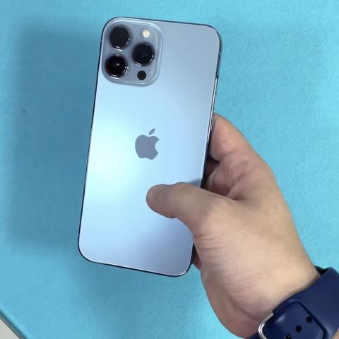 Unboxing iPhone 13 PRo