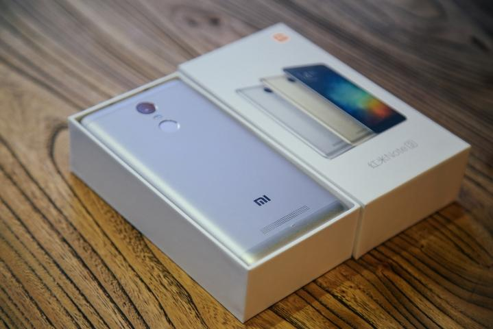 Packaging de Xiaomi Redmi Note 3 - 1