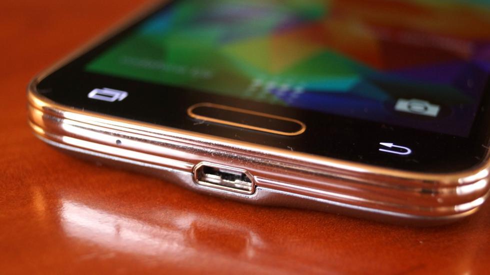 Samsung Galaxy S5 Mini conector Micro USB