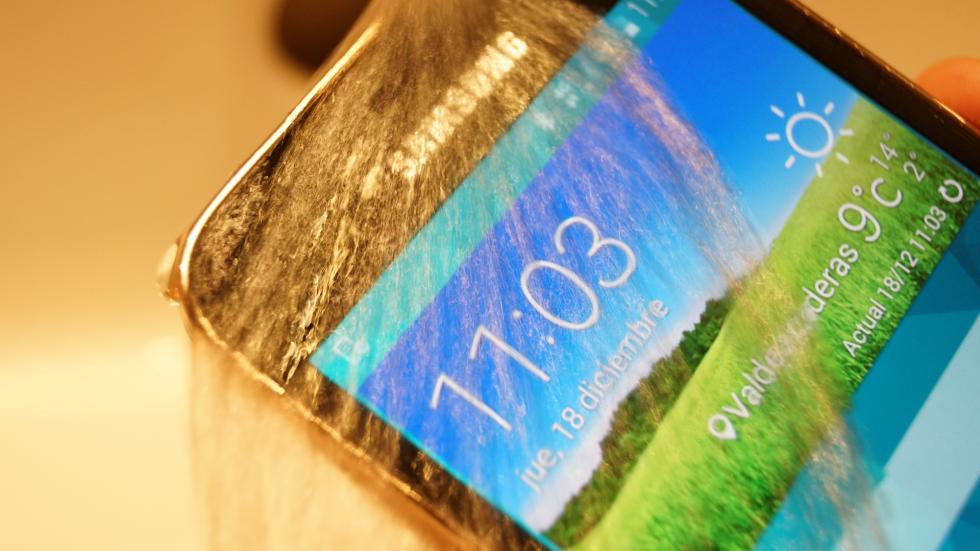 Samsung Galaxy S5 Mini bajo el agua