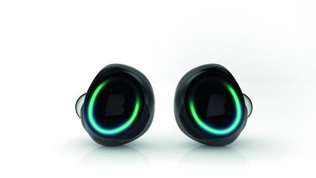 Bragi Dash son unos auriculares impermeables que monitorizan tu estado físico.