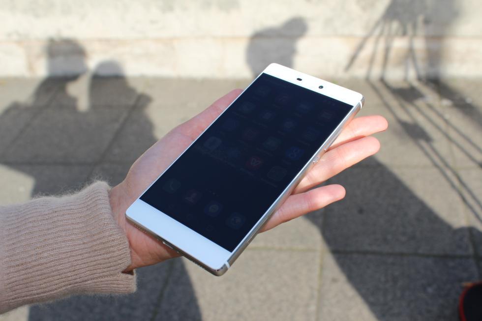 Huawei P8 delantera