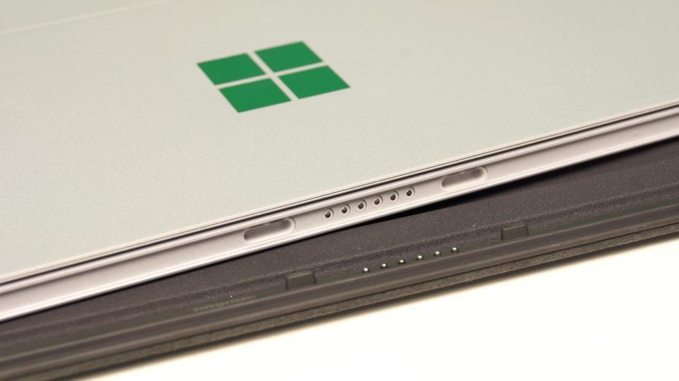 Microsoft Surface Pro 4 conector teclado
