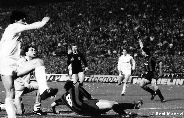 1985: En la eliminatoria siguiente el Real Madrid perdió 2-0 en la ida ante el Inter de Milan para ganar en el Bernabéu 3-0.