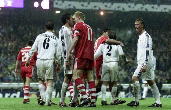 2002: Última remontada europea en el Bernabéu. Los blancos ganaron 2-0 después de perder 2-1 en Alemania.