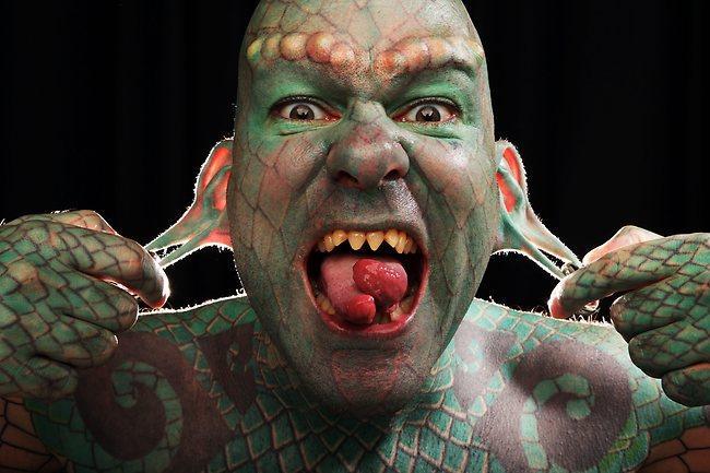 Biohackers, los implantes corporales más extremos