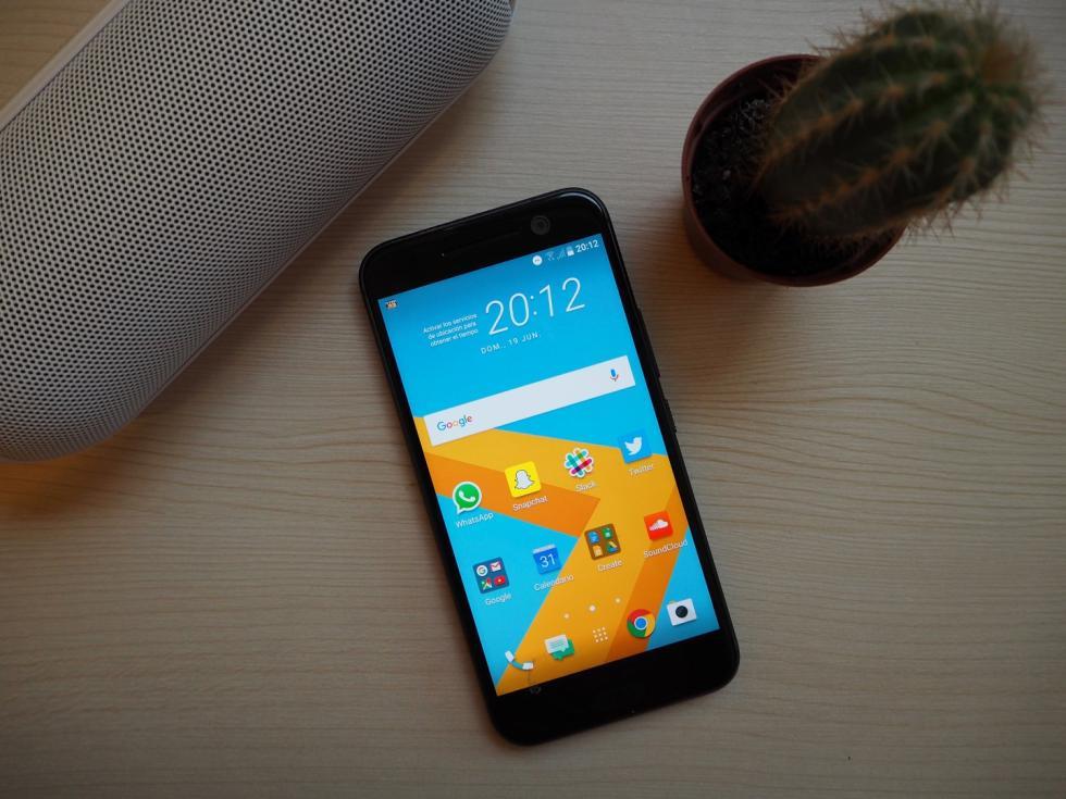HTC 10, imágenes del nuevo móvil de gama alta de HTC