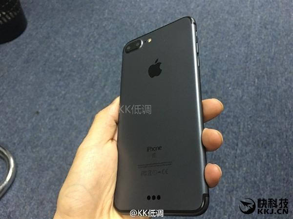 iPhone 7 Plus variante Space Black con cámara dual