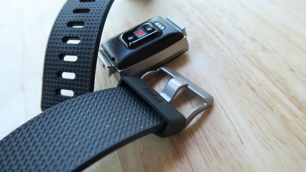 Fitbit Charge 2, galería de la pulsera fitness más versátil