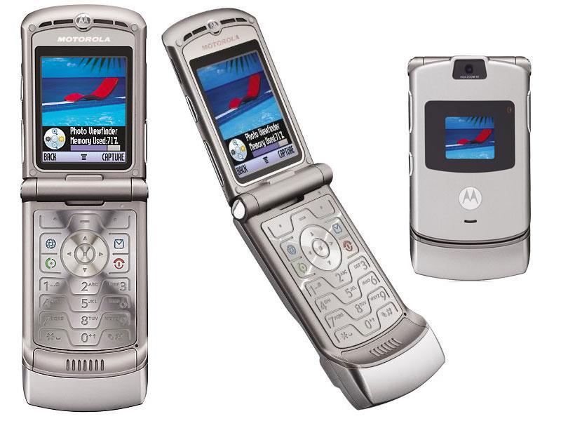 Motorola V3 | Fecha de lanzamiento: 2004 | Millones de unidades vendidas: 130