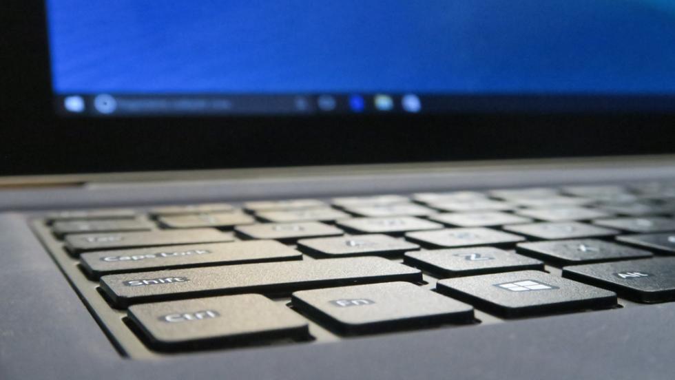 El teclado que vende Teclast para la Tbook 16