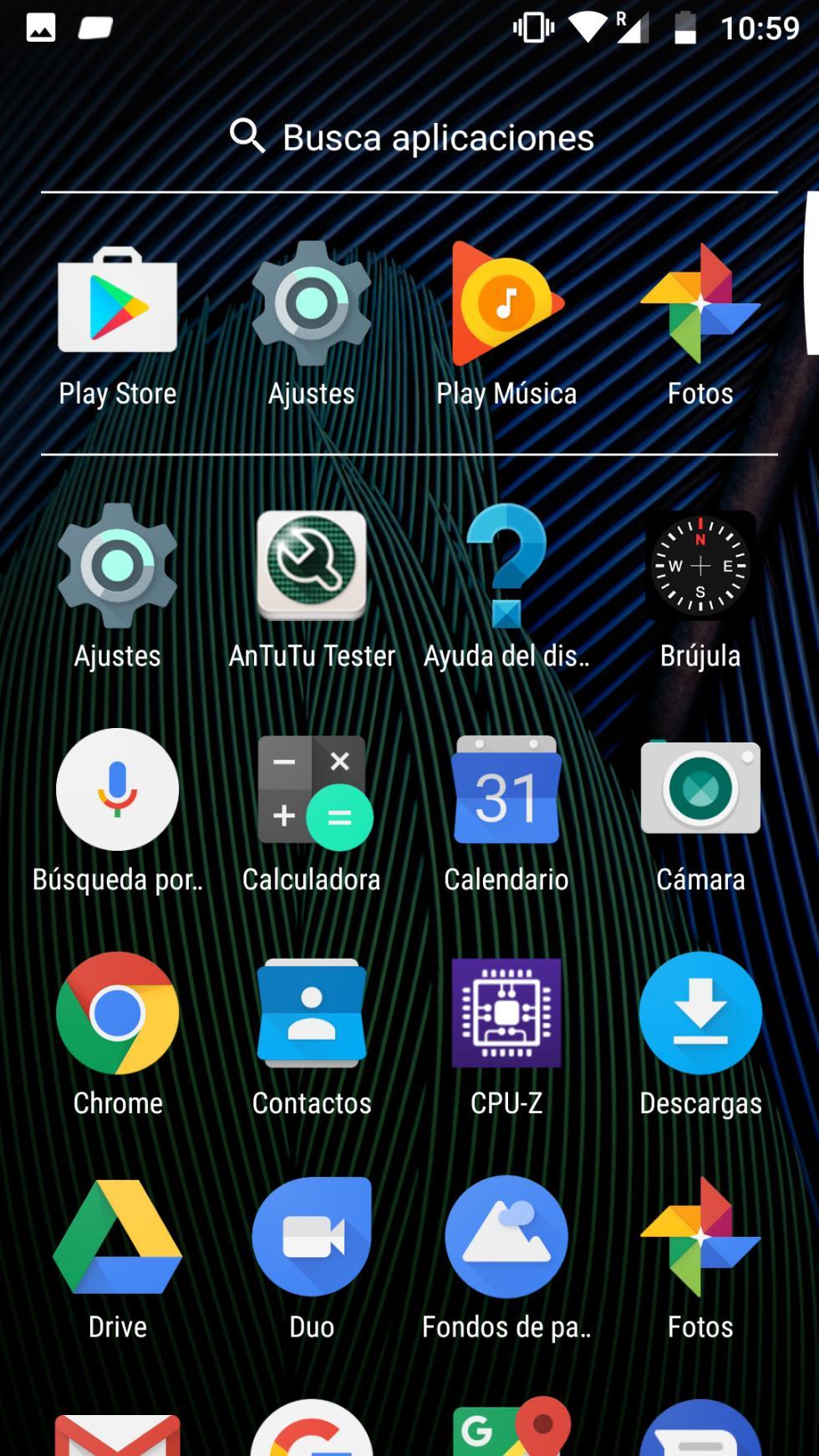 Pero todas las apps aparecen el cajón, que se despliega deslizando el dedo hacia arriba desde la parte inferior de la pantalla