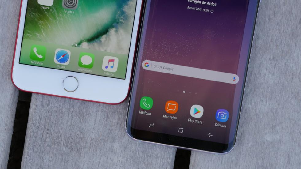 Comparativa entre el nuevo S8+ y el iPhone del año pasado