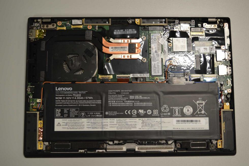 Interior del Lenovo Thinkpad X1 Carbon 5th
