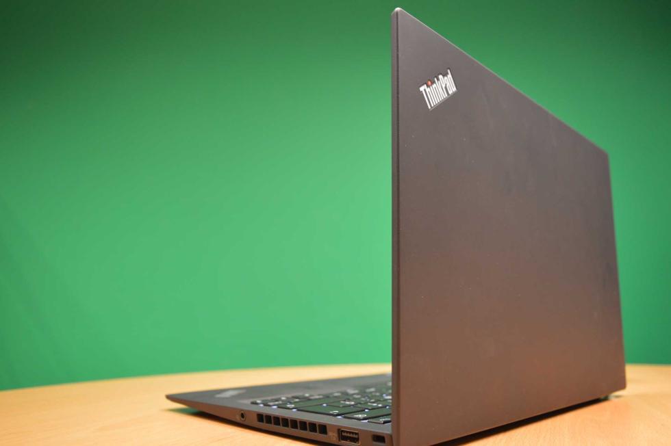 Análisis Lenovo Thinkpad X1 Carbon 5th