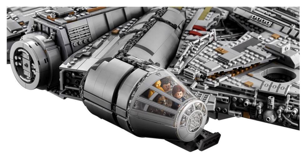 Así es el Halcón Milenario LEGO de 6.500 piezas, en fotos