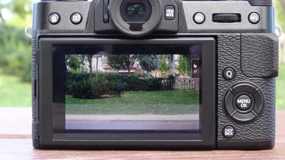 Diseño de la Fujifilm X-T20: así es esta cámara sin espejo
