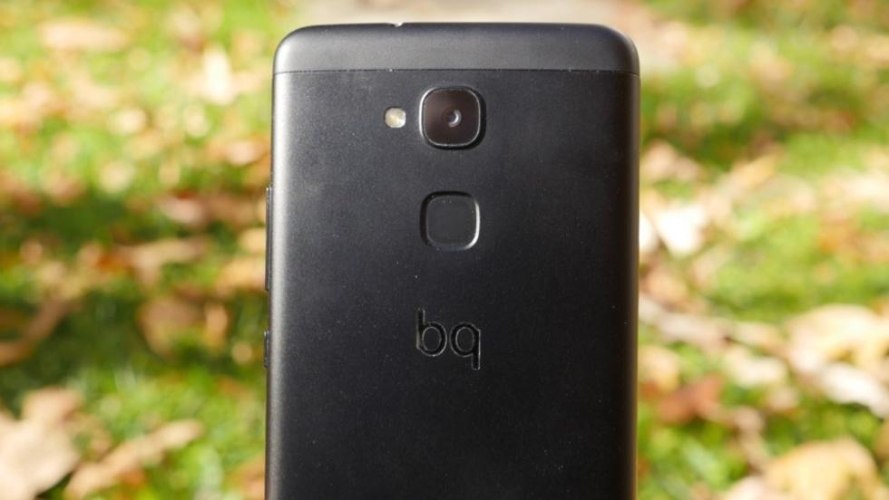 Diseño del BQ Aquaris V Plus: fotos del móvil de gama media