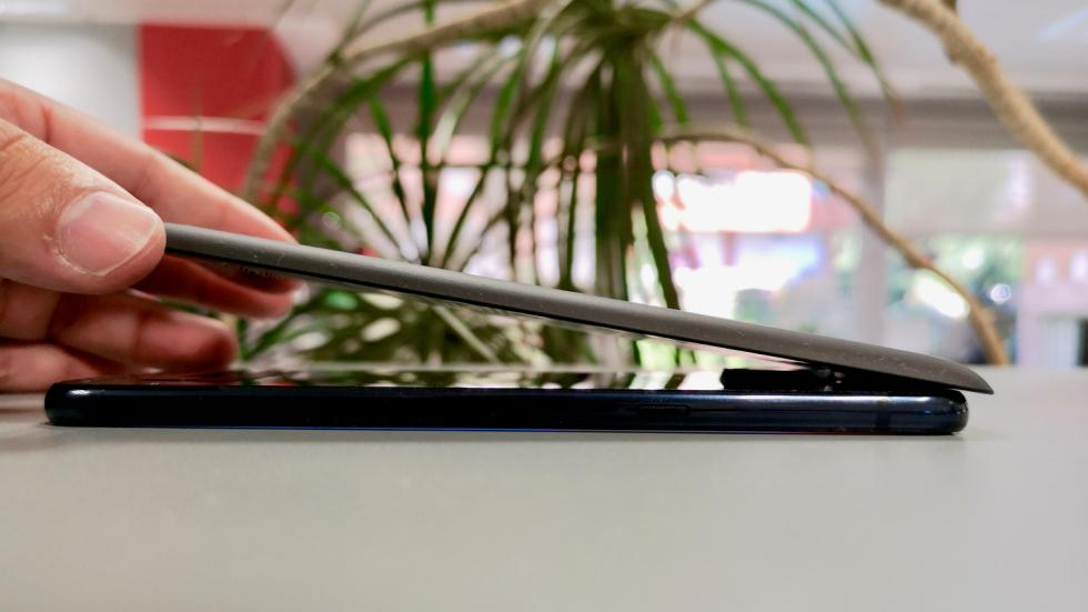 Fotografías del diseño del Moto Z3 Play